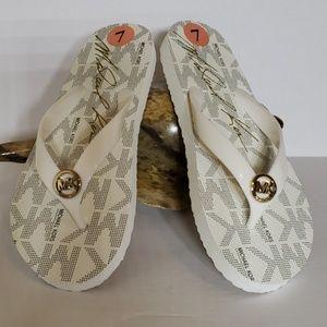 MICHAEL Michael Kors Flip Flops Size 7